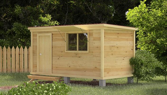 Мини домик для курочек на лужайке