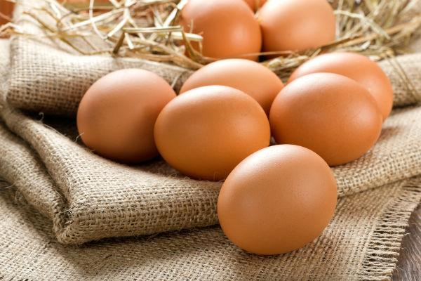 Куриные яйца крупным планом
