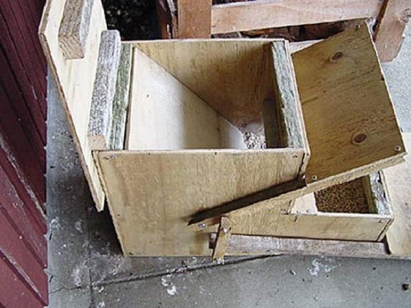 Вид конструкции с открытыми крышками