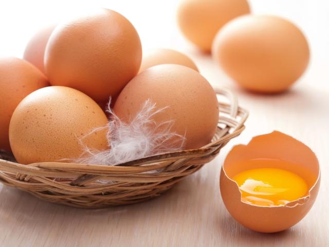 Коричневые яйца