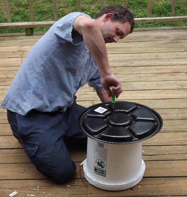 Процесс изготовления кормушки