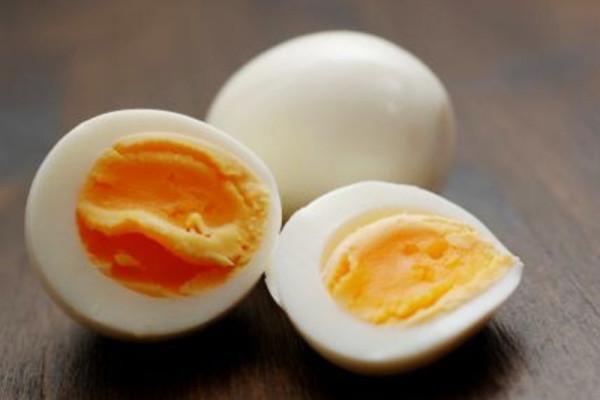 Вареное яйцо в разрезе